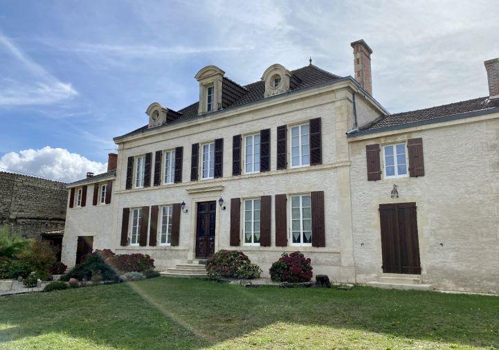 A vendre Maison bourgeoise La Foye Monjault | R�f 1201832907 - Selection habitat