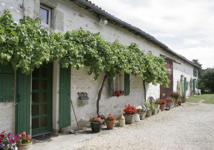 A vendre Maison Genouille | Réf 1201834132 - Selection habitat