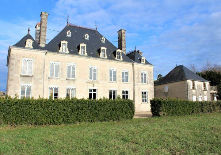 A vendre Château Sanxay | Réf 1201843036 - Selection habitat