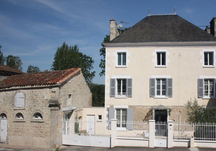 A vendre Maison bourgeoise Chef Boutonne | R�f 1201844946 - Selection habitat