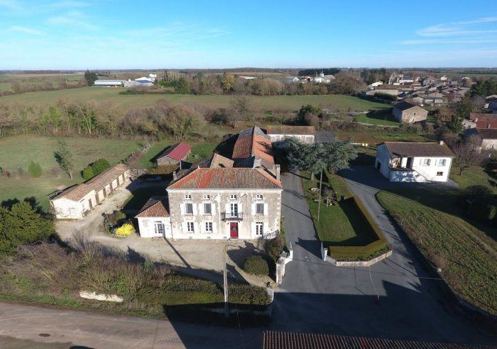 For sale Maison de caract�re Chef Boutonne | R�f 1201845274 - Selection habitat