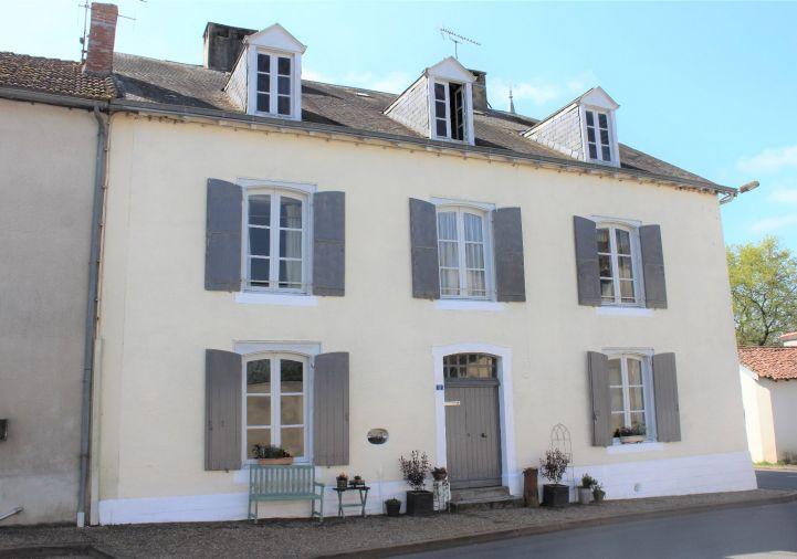 A vendre Maison de caractère L'isle Jourdain | Réf 1201845476 - Selection habitat
