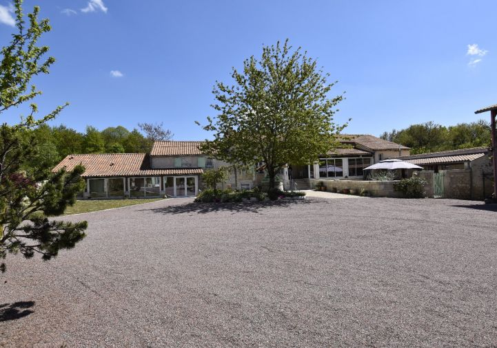 For sale Propri�t� Dirac | R�f 1201845600 - Selection habitat