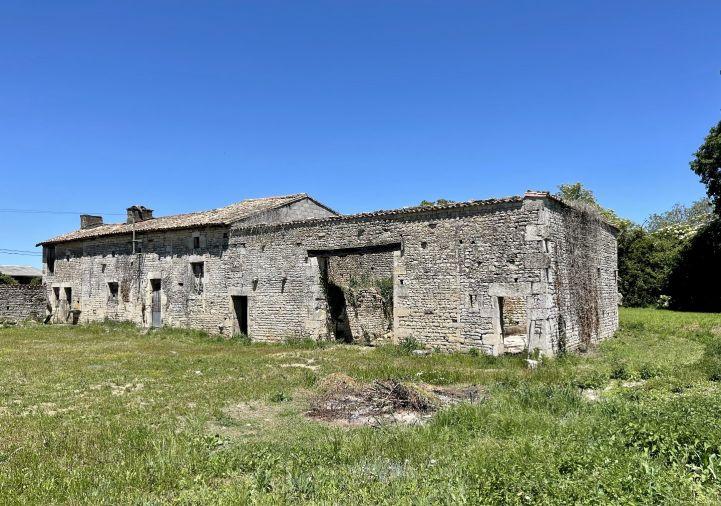 A vendre Corps de ferme Pioussay | R�f 1201845878 - Selection habitat