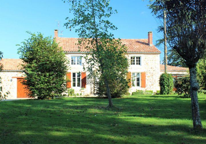 For sale Maison de caract�re Confolens | R�f 1201846719 - Selection habitat