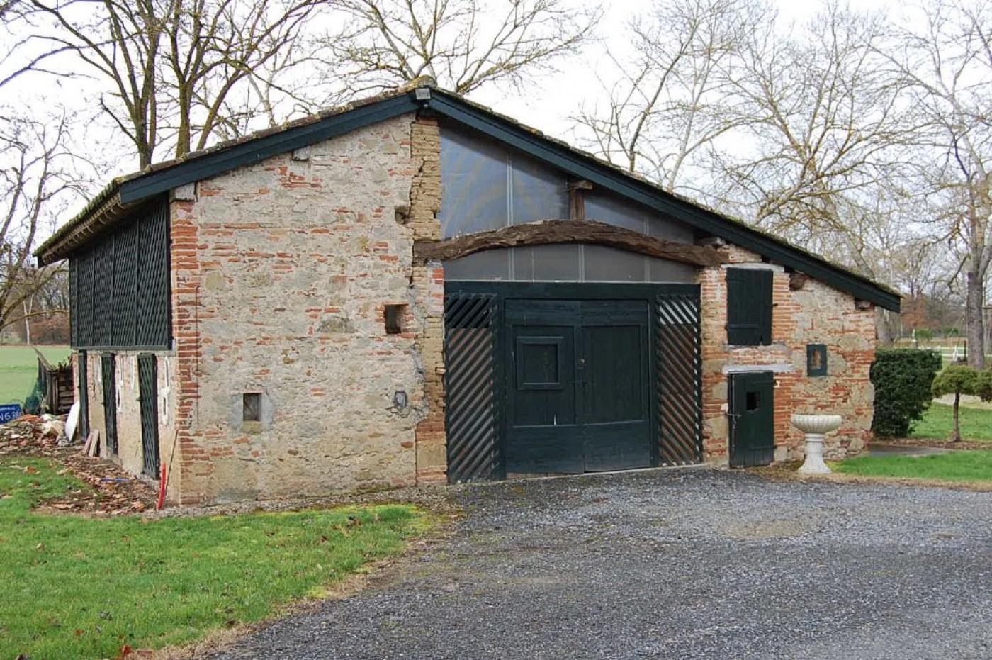 For sale  Lavaur   Réf 1201217391 - Hamilton