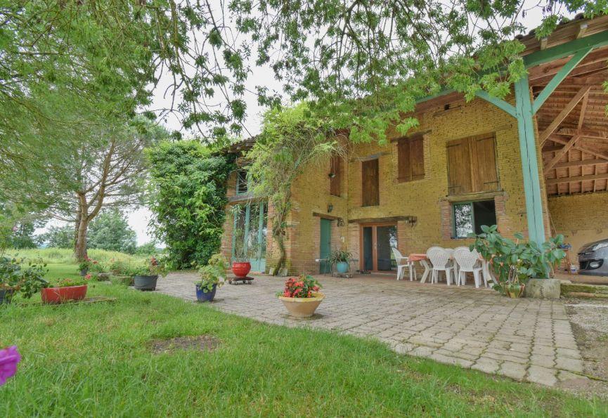 Vente maison Montauban, 8m² 8m² 8 pièces 8 8€