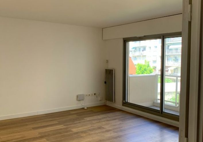A vendre R�sidence seniors Paris 16eme Arrondissement | R�f 130071745 - Saint joseph immobilier