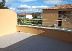 A louer Appartement terrasse Saint Savournin   Réf 13017421 - Cabinet monthorin