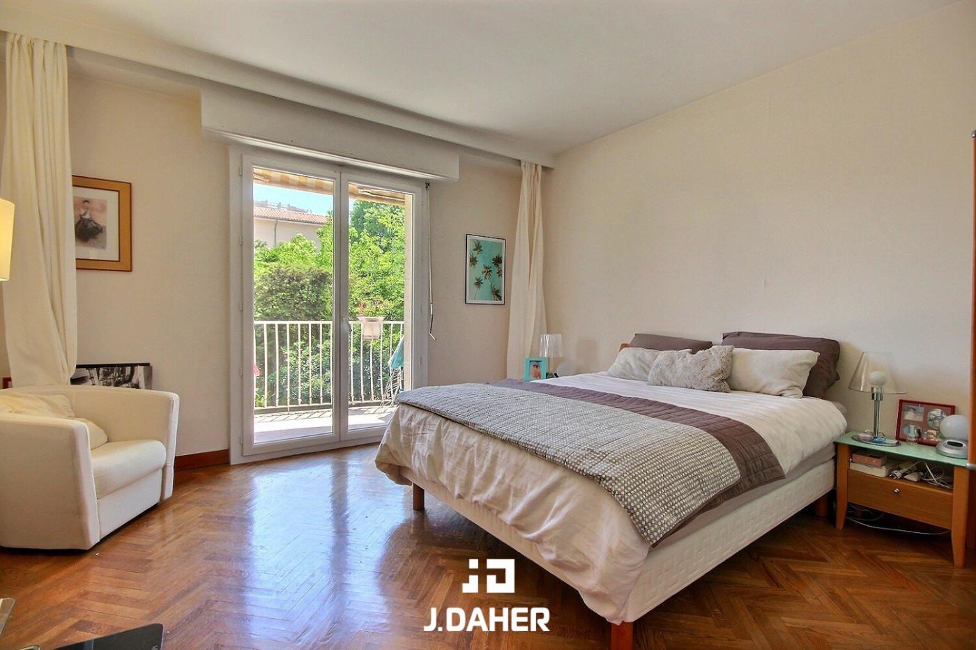 A vendre  Marseille 8eme Arrondissement   Réf 130251081 - J daher immobilier