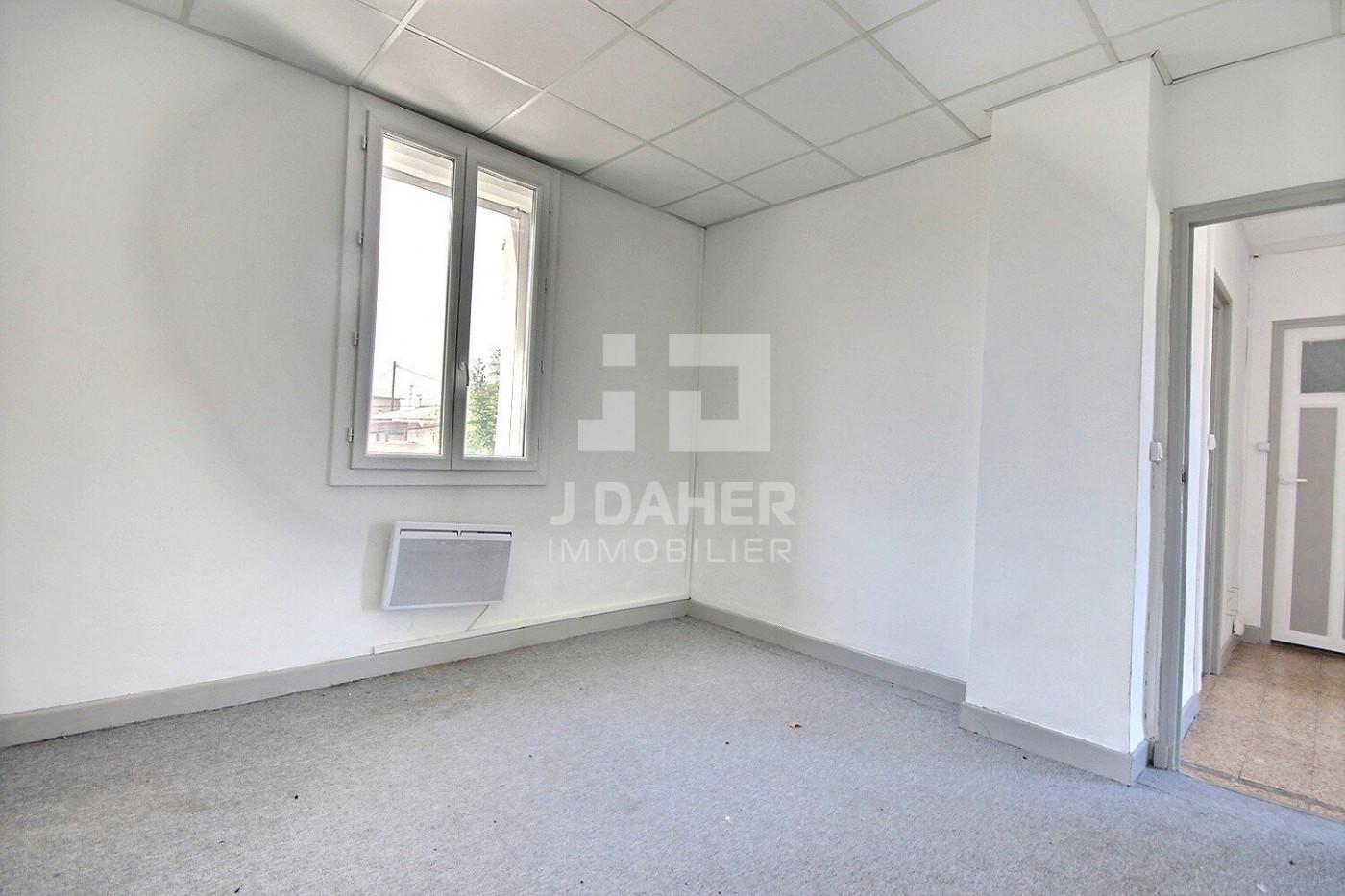 A vendre  Marseille 8eme Arrondissement | Réf 13025975 - J daher immobilier