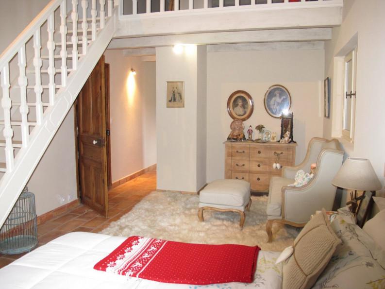 A vendre  Les Baux De Provence   Réf 1302611 - Adaptimmobilier.com