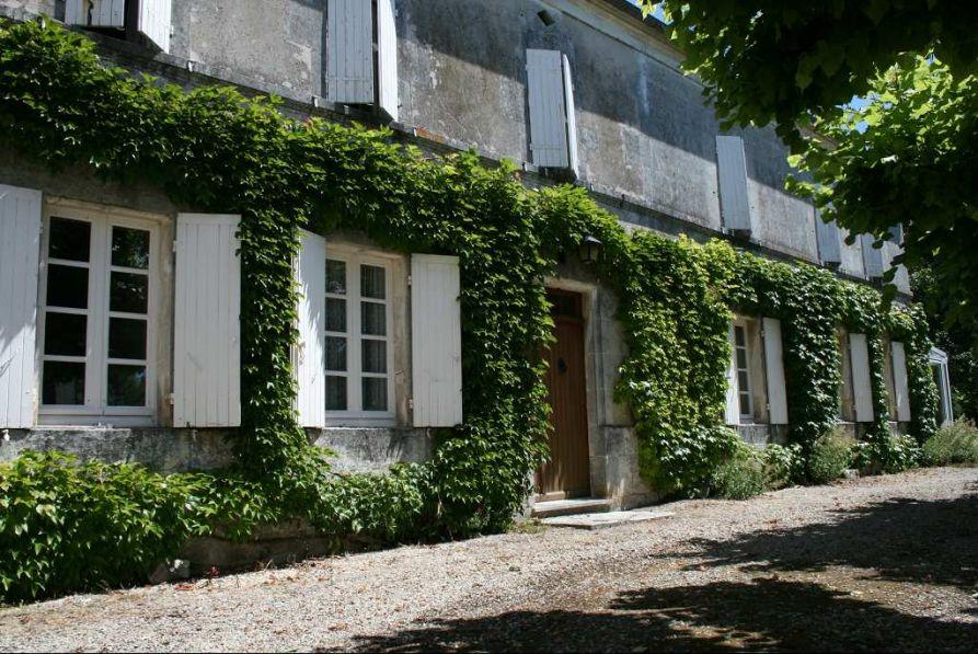 Vente maison segonzac 16130 6 pieces 4 chambres 224m2 for Achat maison 54