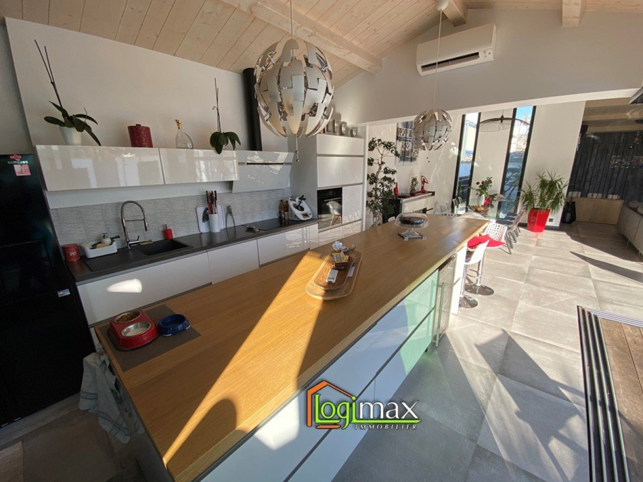 A vendre  La Rochelle | Réf 170037268 - Logimax