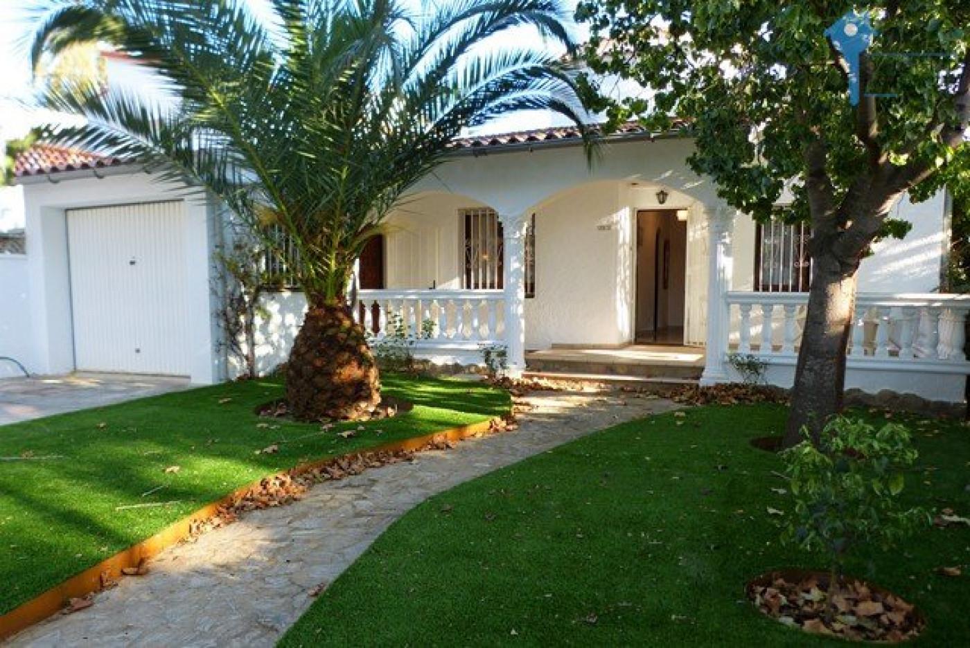 A vendre  Empuriabrava | Réf 3438038865 - Comptoir immobilier de france