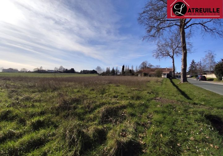 For sale Terrain constructible Ozillac | R�f 1701131 - Latreuille immobilier