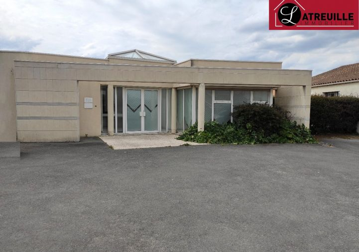 A vendre Locaux d'activit� Gemozac | R�f 1701143 - Latreuille immobilier