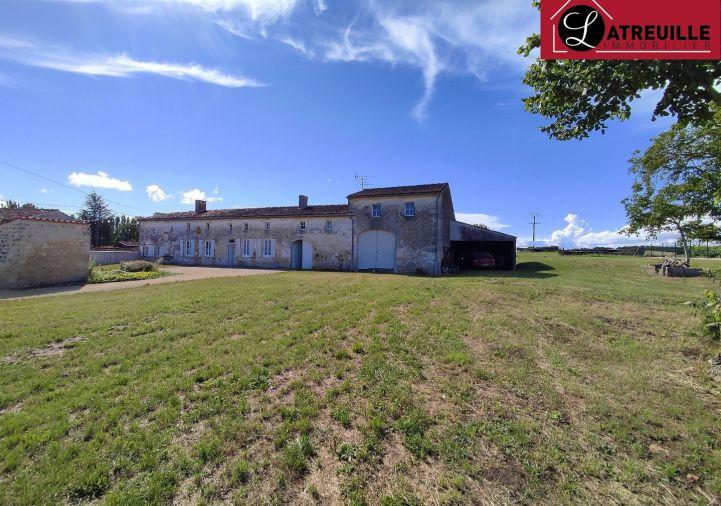 A vendre Longere Berneuil | R�f 1701150 - Latreuille immobilier