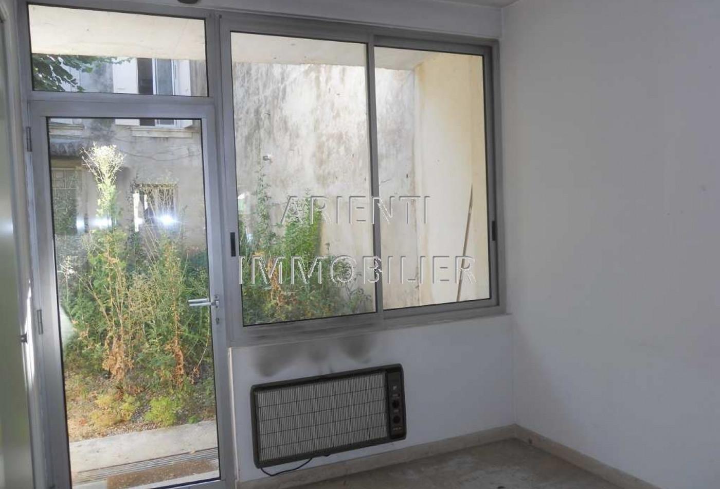 maison de village en vente à valreas, réf.260012006   office