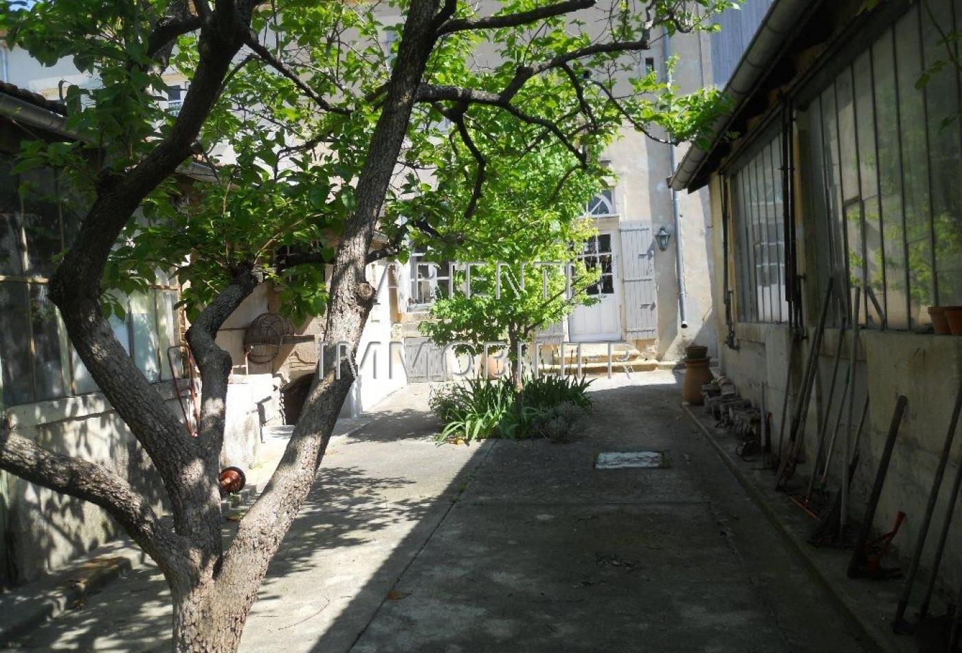 vente maison de village valreas, 155m² 6 pièces 237 000€
