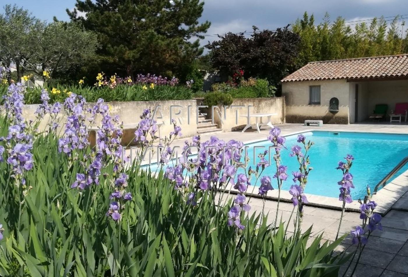 vente villa valreas, 170m² 7 pièces 330 000€