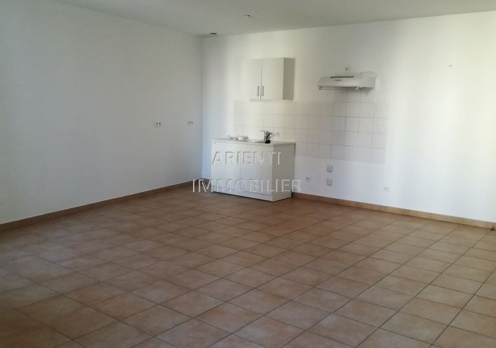 A louer Valreas 260012922 Office immobilier arienti