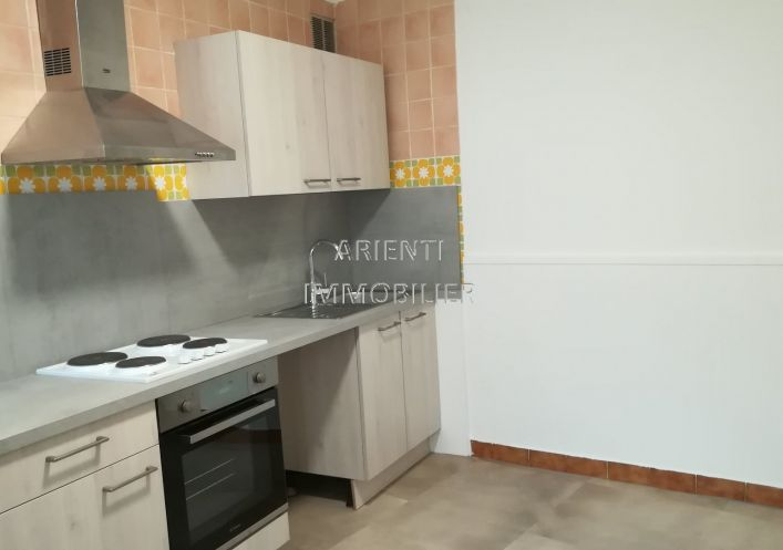 A louer Valreas 260012923 Office immobilier arienti