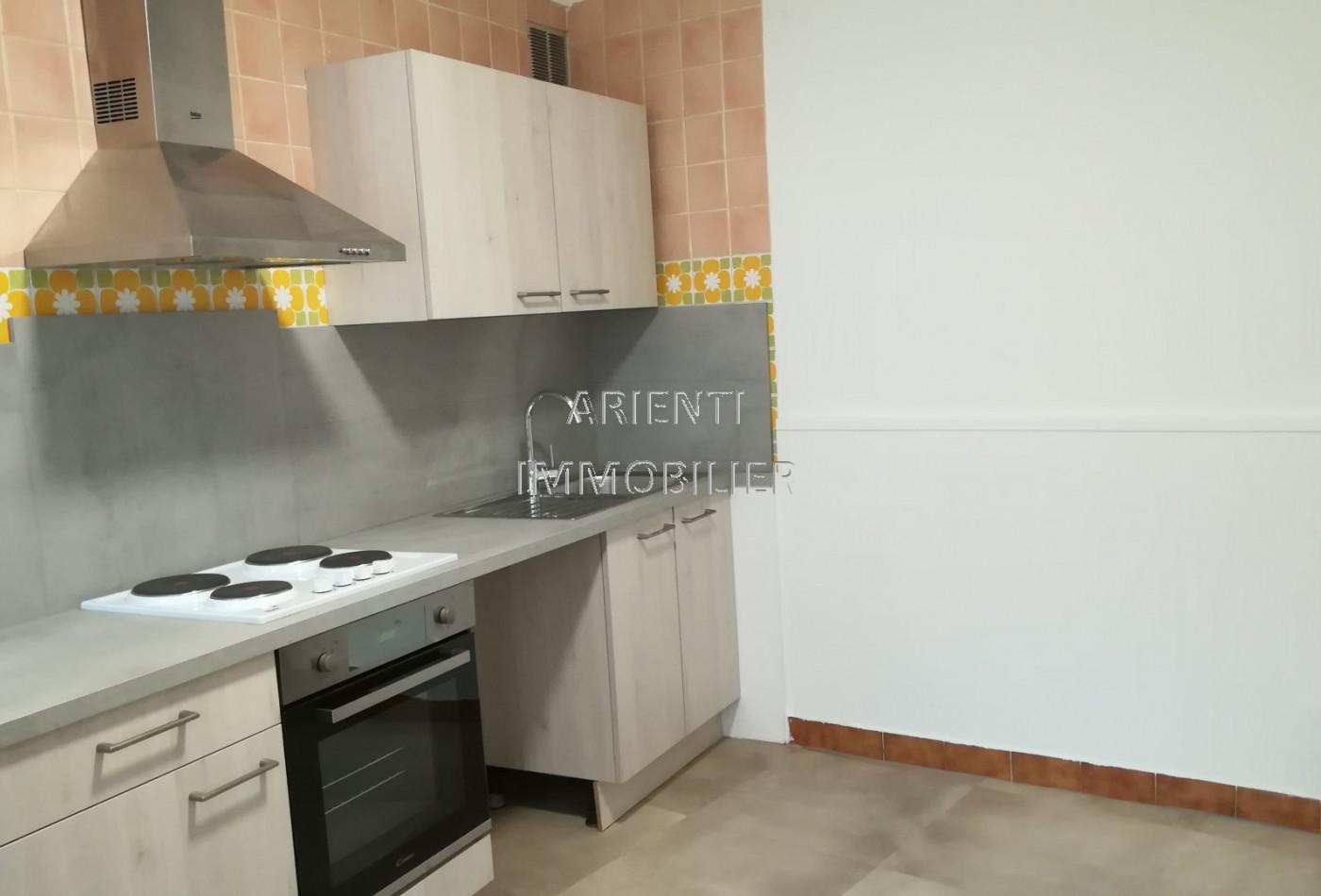 A louer  Valreas   Réf 260012923 - Office immobilier arienti