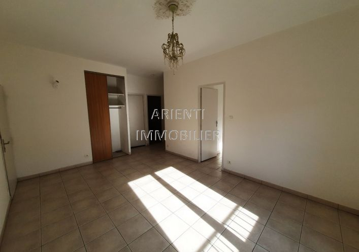 A louer Appartement Valreas | Réf 260013439 - Office immobilier arienti