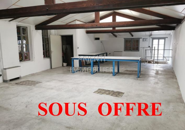 A vendre Local commercial Valreas   Réf 260013607 - Office immobilier arienti