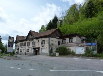 A vendre Le Haut Du Them Chateau La 3011420350 Portail immo