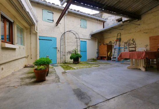 A vendre Aimargues  3011910094 Guylene berge immo aimargues