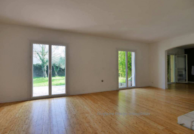 A vendre Aimargues 3011910133 Berge immo