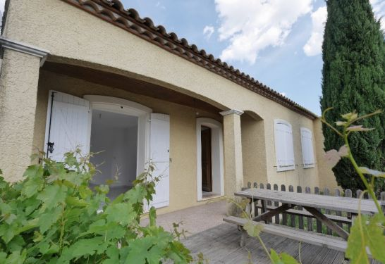 A vendre Gallargues Le Montueux  3011910195 Guylene berge immo aimargues