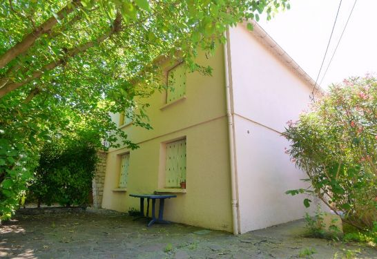 A vendre Aimargues 3011916236 Guylene berge immo aimargues
