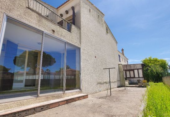 A vendre Lunel  3011916239 Guylene berge immo aimargues