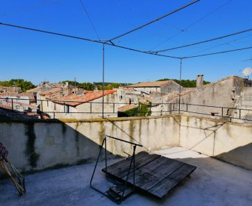 A vendre Sommieres  3011917232 Guylene berge immo aimargues