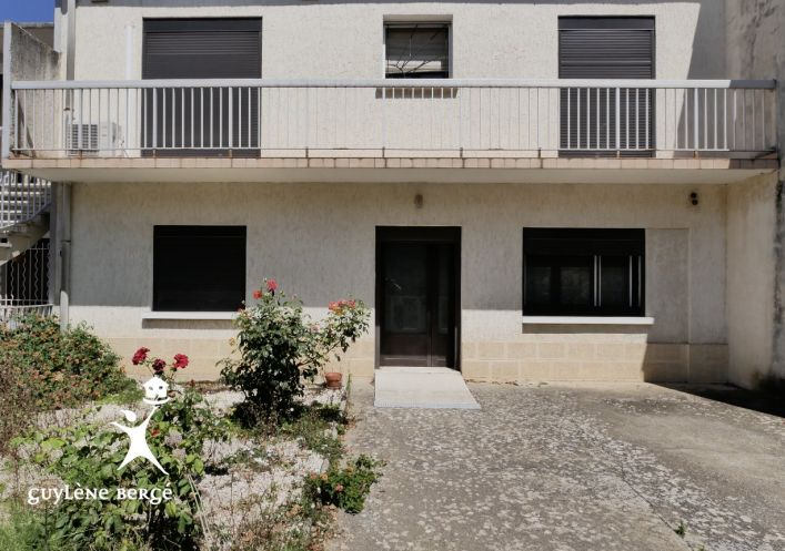 A vendre Aimargues 3011917754 Guylene berge immo aimargues