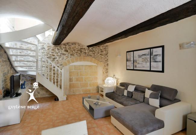 A vendre  Gallargues Le Montueux   Réf 3011918277 - Guylene berge immo aimargues