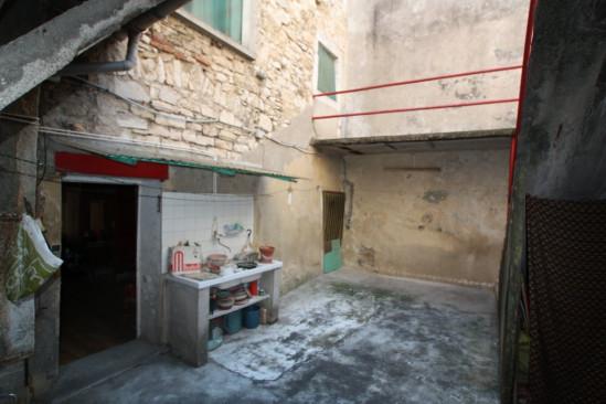 A vendre  Barjac | Réf 301211501 - Agence tourre