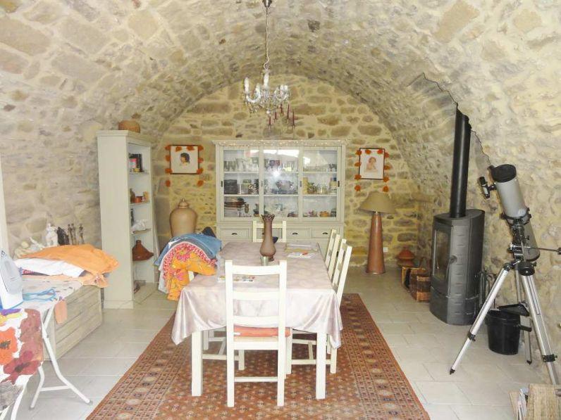 Vente maison de village uzes 30700 5 pieces 4 chambres for Achat maison uzes