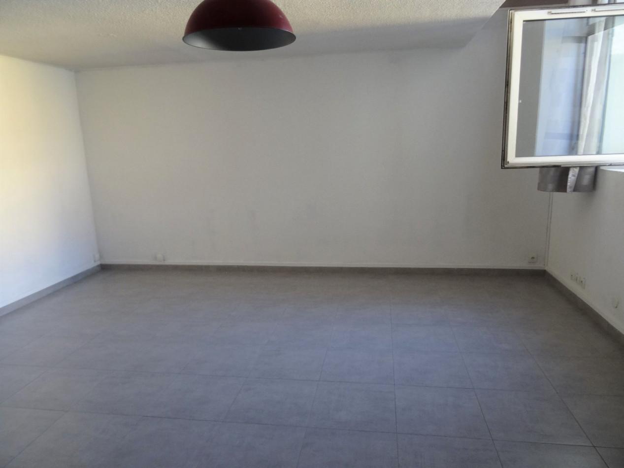 A vendre Nimes 301391233 Nimmo
