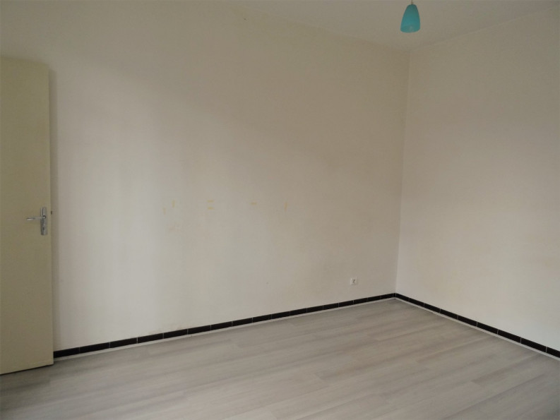 A vendre Nimes 301391353 Cabinet agir