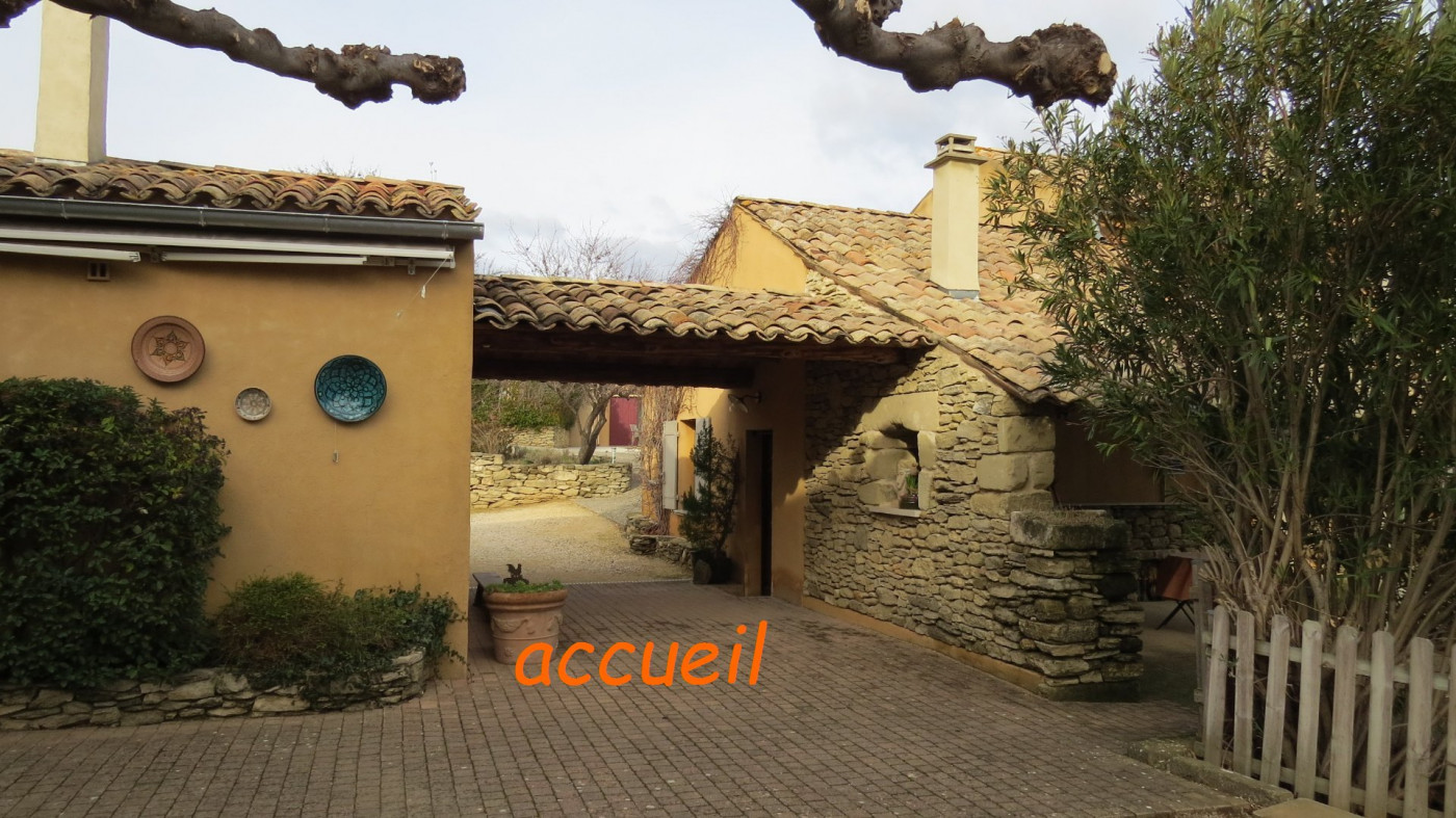 A vendre Saint Quentin La Poterie 30143105 Uzege immobilier