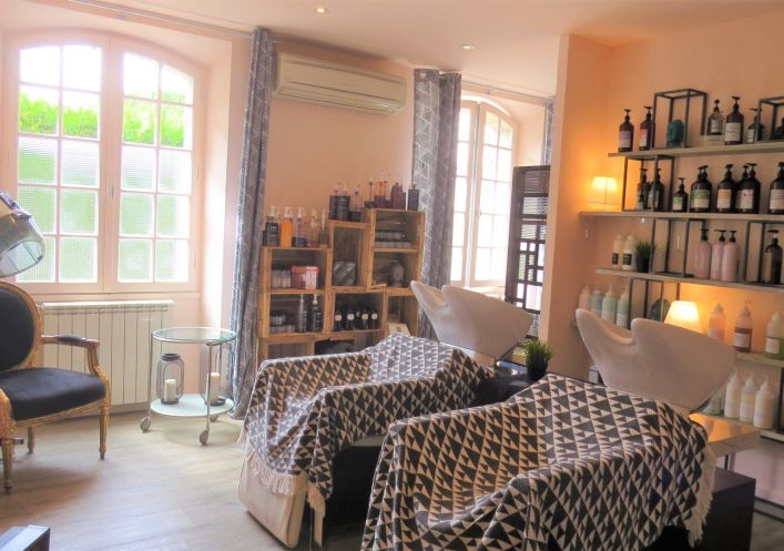 For sale Salon de coiffure Uzes | R�f 30143165 - Uzege immobilier