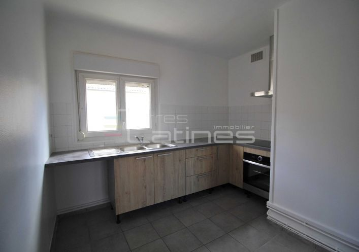 A louer Appartement Nimes | Réf 30144312 - Terres latines