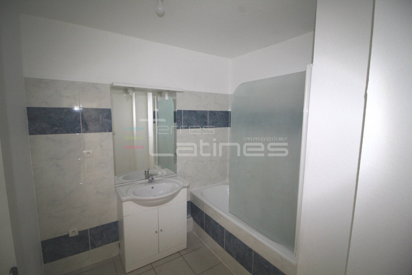 A vendre Nimes 30144407 Terres latines