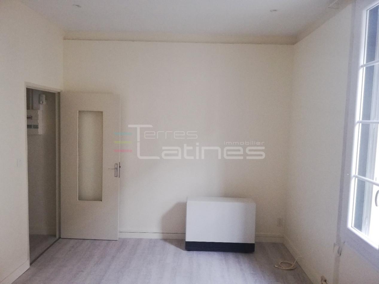 A vendre  Nimes   Réf 30144481 - Terres latines