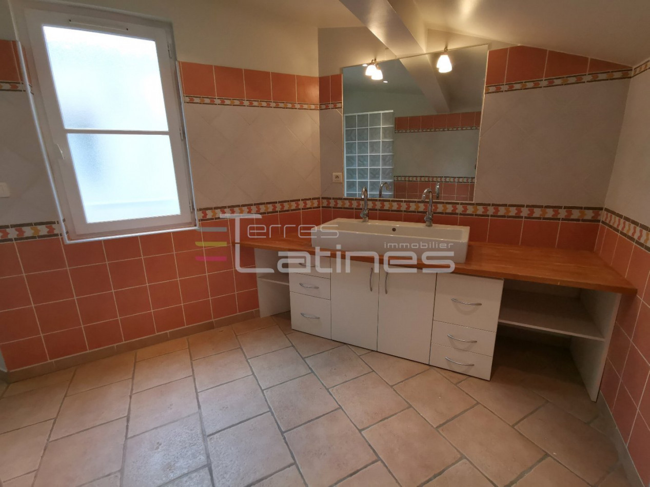 A louer  Nimes | Réf 30144483 - Terres latines