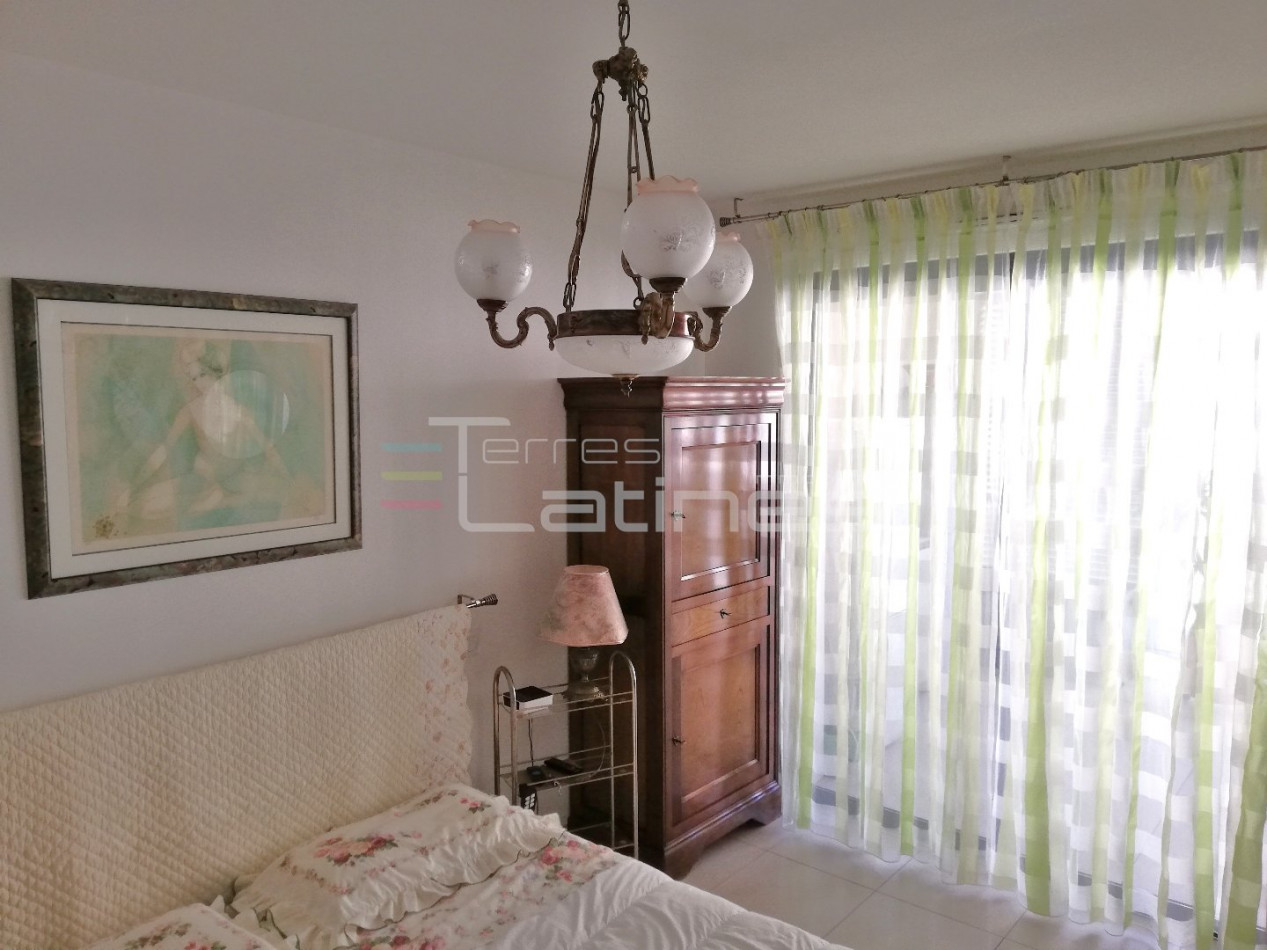 A vendre  Nimes   Réf 30144488 - Terres latines